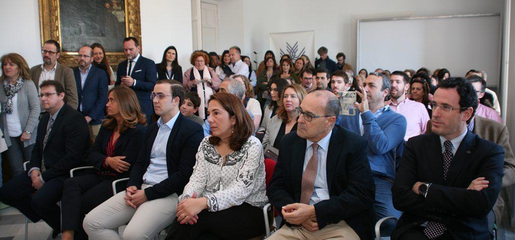 El profesor Pedro Guerrero toma posesión como miembro del equipo de dirección