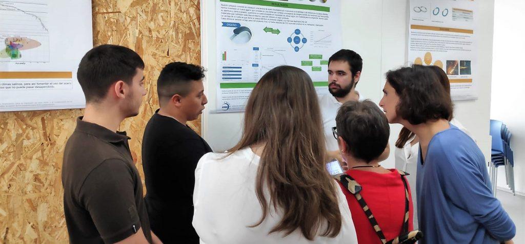 Alumnado de primer curso de la EPS de Algeciras presenta sus proyectos para innovar con el acero inoxidable