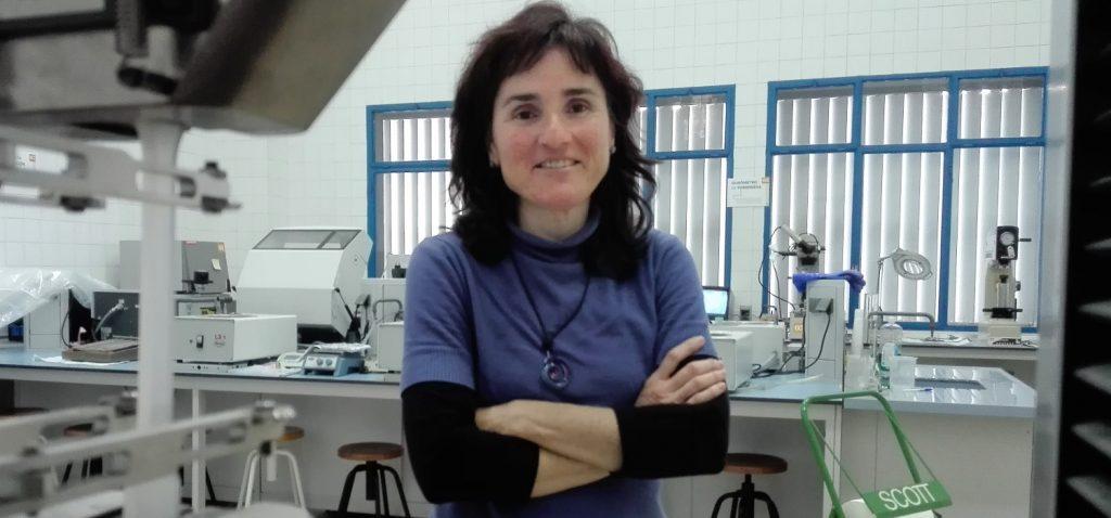 'Espero que mi contribución científica ayude a fabricar células solares de alta eficiencia a un menor coste'